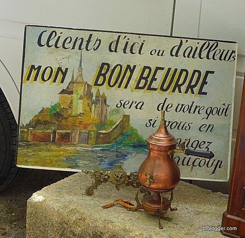 Brocante Uzes, France