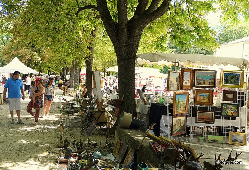 Brocante in Uzes, France