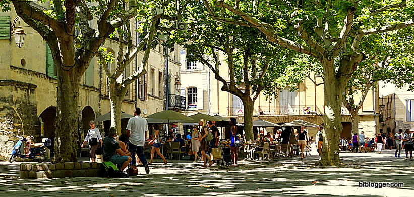 Place des Herbes, the meeting place in Uzes