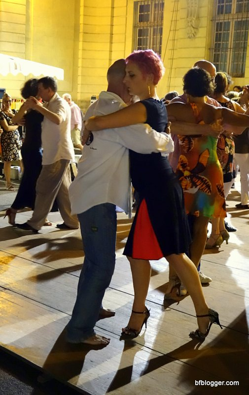 Tango in Uzes France